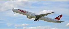 Swiss HB - JNH (Stefan Wirtz) Tags: hbjnh lszh zrh swiss swissboeing swissboeingb777 boeing boeingb777 b777 kloten zürich zürichairport zürichflughafen airportzürich aeroportzurich aeroplane flughafen flughafenzürich flugzeug abflug schweiz suisse switzerland düsenflugzeug düsenjet jet plane airplane airport himmel wolken start startbahn startphase runway16 runway cockpit