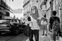 Lissabon Gente de Lisboa 1 bw (rainerneumann831) Tags: lissabon lisboa mann gentedelisboa bw blackwhite street streetscene ©rainerneumann urban monochrome candid city streetphotography blackandwhite