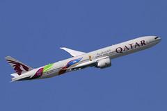 A7-BAX (JBoulin94) Tags: a7bax qatar airways boeing 777300er london heathrow international airport lhr egll england uk john boulin