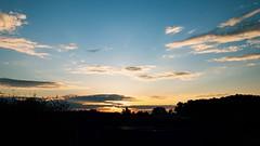 Sunrise season (frankdorgathen) Tags: wolken clouds ruhrpott ruhrgebiet smartphone iphone iphone8plus bochum landscape landschaft himmel sky sunrise sonnenaufgang