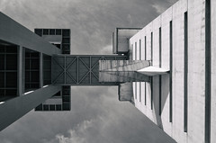 Mirror universe (Flaquivurus) Tags: blackandwhite architecture monochrome concrete building torreschindler sevilla