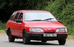 H872 TWJ (Nivek.Old.Gold) Tags: 1991 ford sierra 18 lx estate