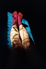 (intivisible) Tags: film 35mm analog analógica analogic prakticamtl3 portra400 piernas legs socks medias claroscuro chiaroscuro window ventana sunlight luz sombras shadows selfportrait autorretrato