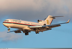 Boeing 727-282 Burkina Faso Government XT-BFA (Clément W.) Tags: boeing 727282 burkina faso government xtbfa lfpb lbg