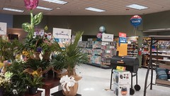 A dark cave with school supplies everywhere: sounds like my apartment when the lights are out (Retail Retell) Tags: kroger grocery store horn lake ms retail desoto county former 90s neon decor 2012bountiful remodel natural foods relocation