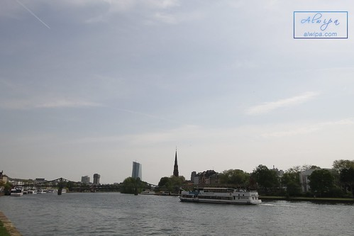 "Frankfurt • <a style=""font-size:0.8em;"" href=""http://www.flickr.com/photos/104879414@N07/43248579580/"" target=""_blank"">View on Flickr</a>"