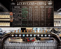 La Fábrica, Málaga. (Ian, Bucks) Tags: bar beer cruzcampo malaga