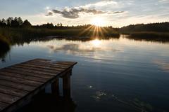 summer (blaendwaerk) Tags: fujifilm xt2 distance ferne dunkel sunset dark blue water wasser lake see himmel sonnenuntergang bavaria bayern wolken clouds dämmerun landing stage steg iffeldorf fohnsee sun sonne