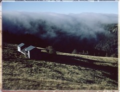 nuages et soleil - col du Schaeferthal - Vosges (JJ_REY) Tags: nuages clouds montagnes mountains instantfilm peelapart fuji fp100c expired toyofield 45a sironarn 150mmf56 polaroidholder405 epson v800 alsace france