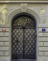 Door, Prague, the Old Town -EXPLORED 29/09/2018- (PriscillaBurcher) Tags: door prague czechrepublic worldheritagesite explored inexplore l1740581