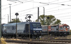055_2018_09_20_Timmerlah_6145_064_RBH_mit_Kesselwagenzug_1250_009_HVLR_330.08 (ruhrpott.sprinter) Tags: ruhrpott sprinter deutschland germany allmangne nrw ruhrgebiet gelsenkirchen lokomotive locomotives eisenbahn railroad rail zug train reisezug passenger güter cargo freight fret sonnenberg timmerlah db cdc dispo egp evb itl meg rbh radve rpool tls enno vps wfb 0445 0648 1212 1277 1440 5370 5401 6111 6120 6140 6143 6145 6146 6151 6152 6185 6186 6187 6189 6193 7383 es64u2 bahnbau auto logo natur outddor graffiti lkw