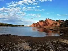 Contrastes,patagonia Argentina !! (Gabriel mdp) Tags: paisaje landscape cielos naturaleza paz belleza reserva paso cordoba rio negro sur patagonia argentina agua