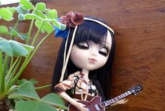 Seiko and her guitar (wildathoney) Tags: alura pullip doll guitar boho groove