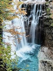 azul (Ana De Haro) Tags: azul agua cascada fall naturaleza natural huesca aragón españa waterfall water parquenacionaldeordesa valledeordesa