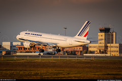 [TLS.2007] #Air.France #AF #Airbus #A320 #F-GGEB #Ex-Air.Inter #awp (CHR / AeroWorldpictures Team) Tags: air france airbus a320111 cn 012 eng cfmi cfm565a1 reg fggeb cab cy172 rmk scrapped now history aircraft first flight under test fwwdm built site toulouse lfbo delivered airinter it itf tfd airfrance af afr stored ory broken up a320 french airlines twr atc old sunset planespotting 2007 nikon d80 nikkor 55200mm lightroom awp aeroworldpictures chr