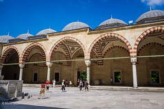10082011-IMGP1047 (Mario Lazzarini.) Tags: moschea cortile cupole archi colonne sinan selimiye architettura historic old turchia turkey edirne camii
