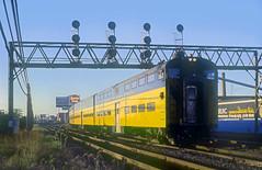 C&NW Cab Car 179 (Chuck Zeiler) Tags: cnw cab car 179 railroad chicago train chuckzeiler chz signal bridge
