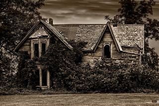 Abandoned Places - Guyitt Homestead - Talbot Trail - Palmyra, ON