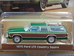 Greenlight Estate Wagons - 1979 Ford LTD Country Squire (Green Machine) (RS 1990) Tags: greenlight estatewagons series1 1979ford ltd countrysquire wagon stationwagon greenmachine 164