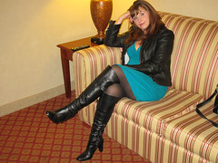 IMG_0960 (Lisa-Leather) Tags: boots leather jacket