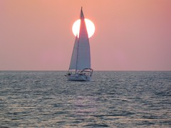 USA - Florida - Key  West - sailboat at sunset (mda'skaly) Tags: voilier sailboat sunset florida keywest soleilcouchant etatsunis sea mer water
