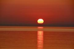 Sonnenaufgang 2 (Hans-Jürgen Böckmann) Tags: sonnenaufgang sunrise ostsee balticsea lübeckerbucht scharbeutz