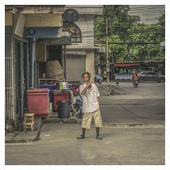 Takhli street (christophe plc) Tags: takhli thailand thailande asia canon 6dmarkii 6dmark2 street people thai photo flickr picture photography nakonsawan christopheplc