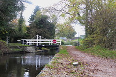 Bridge No25, Hagg Bank Lane, Disley.   (Peak Forest Canal) October 2018 (dave_attrill) Tags: peakforest canal disley bridge haggbanklane haggbank towpath peakdistrict cheshire october 2018