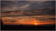 setting sun (andystones64) Tags: sun sunlit sunlight sunset sky skywatching clouds colour weatherwatch weather nature naturephotography scunthorpe lincolnshire northlincolnshire northlincs nlincs