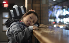 Cafe Portrait (Xiao-Bu) Tags: canoneosm5 ef35mmf14lusm mirrorless portrait cafe bokeh