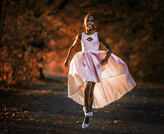 Little autumn fairy (liesbet_sanders) Tags: amadoudelphine trouwen wedding photography bridesmaid daytime woods autumn leaves colour light pink dress red running happy girl