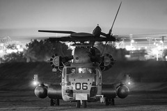 Night Moves (Ross Dinsdale) Tags: weaponsandtacticsinstructorcourse marines wti119 mcasyuma mawts1 sikorskych53esuperstallion monochrome marineaviationweaponsandtacticssquadronone marinecorpsairstationyuma nikcollection sikorsky superstallion arizona