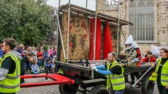 YMPST waggon play, 16 September 2018 - moving on - 1 (nican45) Tags: 16september2018 16092018 18135 18135mm 2018 csc collegegreen fuji fujifilm mysteryplays nickansell september stwilliamscollege supporterstrust theharrowingofhell xt2 xf18135mmf3556rlmoiswr ymp ympst york yorkshire crew mirrorless photographer photography waggon waggonplay wagon