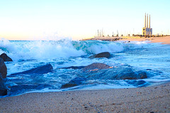 8:01 AM - Solo una pequeña amenaza de temporal (Fnikos) Tags: sea water mar mare waterfront wave wind seascape landscape beach shore seashore coast sand rock boat bay sky skyline outdoor