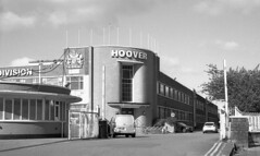 Hoover's other factory (Fray Bentos) Tags: wallisgilbertandpartners hooverfactory postwarfactory artdeco merthyrtydfil pentrebach agfaisolette shanghaigp3 agfarodinal