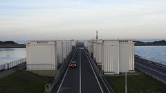 DSCN8804 (DutchRoadMovies) Tags: stevinsluizen afsluitdijk den oever a7 rijksweg ijsselmeer waddenzee bridge lake freeway motorway water sea locks