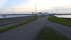 DSCN8829 (DutchRoadMovies) Tags: stevinsluizen afsluitdijk den oever a7 rijksweg ijsselmeer waddenzee bridge lake freeway motorway water sea locks