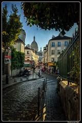 Paříž - Paris_Montmartre_Rue Norvins_18. pařížský obvod_18e Arrondissement (ferdahejl) Tags: pařížparis montmartre ruenorvins 18pařížskýobvod 18earrondissement dslr canondslr canoneos800d