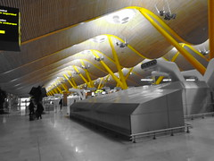 (sftrajan) Tags: barajas airport madrid spain architecture arquitectura richardrogers antoniolamela luisvidal aeropuerto terminal4 españa aeroporto aéroport 空港