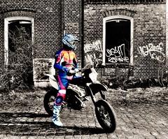 Motocross guy (driver Photographer) Tags: 摩托车,皮革,川崎,雅马哈,杜卡迪,本田,艾普瑞利亚,铃木, オートバイ、革、川崎、ヤマハ、ドゥカティ、ホンダ、アプリリア、スズキ、 aprilia cagiva honda kawasaki husqvarna ktm simson suzuki yamaha ducati daytona buell motoguzzi triumph bmw driver motorcycle leathers dainese motorrad