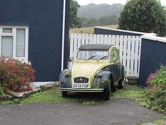 Citroen 2CV. (Andrew 2.8i) Tags: carspotting car cars classics classic street french saloon 2cv dolly cv6 2cv6 citroen uk unitedkingdom