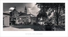 Before the Autumn (Parallax Corporation) Tags: southportatkinsongallery southport remedybar pavillion lordstreet wideangle blackwhite sonya7rii zeissbatisfe18mmf28 monochrome streetlife streetphotography trees cafe´culture people
