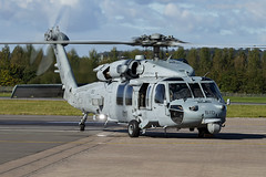Dragonslayer (Ross Forsyth - tigerfastimagery) Tags: seahawk mh60s unitedstatesnavy hsc11 dragonslayers scotland edinburgh edinburghairport helicopter cvw1 ussharrystruman carrierairwing1 ab610 610 ab