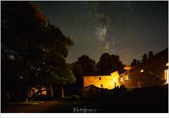 Melkweg boven Folgoux (nandOOnline) Tags: frankrijk auvergne avond chateau folgoux harmsen lafougeraie landschap masterclass melkweg nacht nando nandoonline natuur sterren