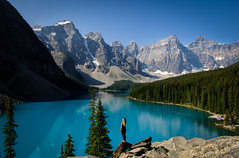 Moraine Lake (Graeme Tozer) Tags: banff mountains blue canada lake morainelake banfnationalpark