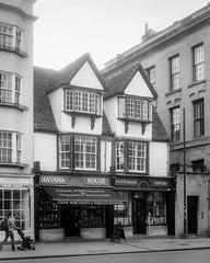 2018-08-19 & 20 Agilux Shillingford & Oxford (10 of 26) (Pete K) Tags: agilux agimatic highstreet oxford shop window