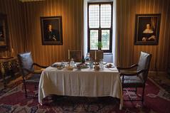 Kasteel Doorwerth -2- (Jan 1147) Tags: kasteel castle interieur indoor binnenopname tafel table schilderij painting doorwerth nederland thenetherlands