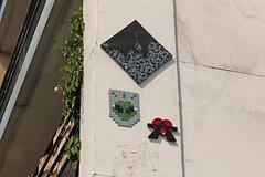 Rue de Bercy - Paris (France) (Meteorry) Tags: europe france idf îledefrance paris ruedebercy boulevarddelabastille djoul bastek a2 street rue art artderue urban wall mur mosaïques tableau pixels fresques june 2018 meteorry