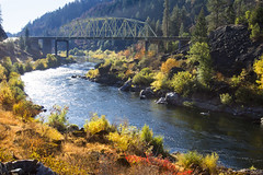 Hellgate Canyon, Oregon (icetsarina) Tags: hellgatecanyonoregon fall autumn foliage change leaves