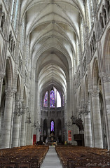 Soissons cathedral (DameBoudicca) Tags: france frankreich frankrike francia フランス soissons medeltiden middleages medioevo medieval edadmedia moyenâge mittelalter 中世 cathedral cathédrale cattedrale catedral katedral 大聖堂 church kirche kyrka église chiesa iglesia 教会堂 gothic gotik gotisk gótico gothique gotico ゴシック建築